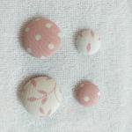 Botones-tapizados-con-tela-para-cojines-4